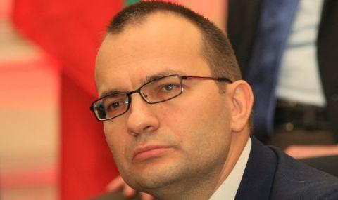 Мартин Димитров: Изоставаме драматично от Румъния, на Ананиев всичко му е наред