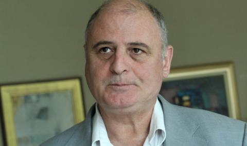 Проф. Радулов: Акцията в президентството цели да компрометира Радев