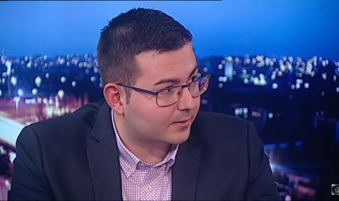 Емил Соколов пред ФАКТИ: Радев и Борисов представляват различни кланове на БКП