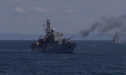 Започна военноморското учение