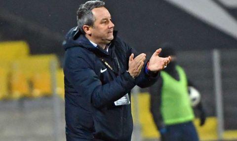 Славиша: Не мога да ви кажа нищо за трансфер на Станислав Иванов, никой не ми е казал нищо!