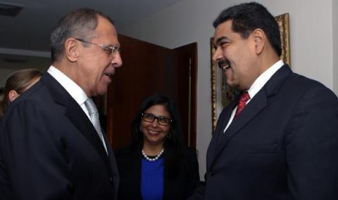 Русия отново удря рамо на Мадуро