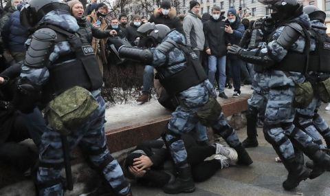 Дори Русия не може да арестува цялото си население