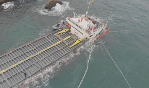 """Водолаз за """"Вера Су"""": Корабът е стабилен на дъното, няма опасност от разливи - 1"""