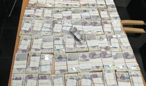 Откриха недекларирана валута от над 600 000 лева в турски камион - 1