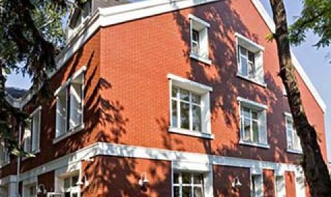 Десислава Николова е собственик на най-скъпата частна детска градина в София