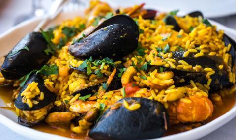 Рецепта на деня: Миди по бургаски