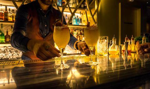 Собственик на бар опитва да го регистрира като храм заради вируса