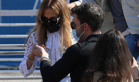 Дженифър Лопес и Бен Афлек пристигнаха във Венеция за кинофестивала  - 4
