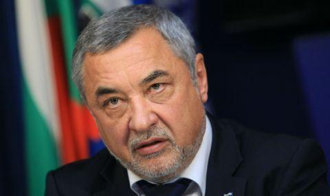 Валери Симеонов: Гласувам за повече почтени и некорумпирани депутати