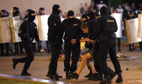 Кръв след изборите в Минск: Полицията уби протестиращ