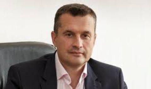 Калоян Методиев:  Радев си е поставил за цел да дестабилизира политическата система у нас - 1