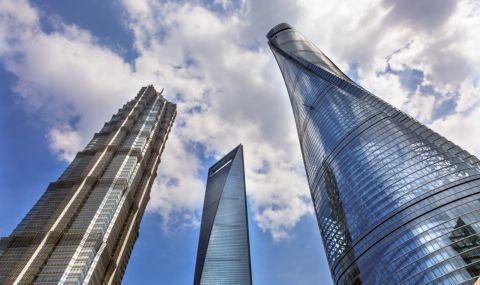 Откриха най-високия хотел в света (ВИДЕО) - 1
