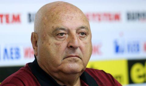 Венци Стефанов нервен след загубата на Славия: Какво да им кажа на футболистите?