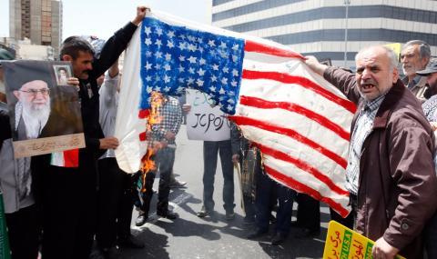 Иран също обръща гръб на ядреното споразумение