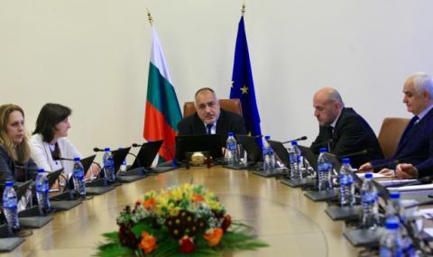 Осезаем спад в доверието към Борисов