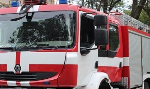 Спасиха 2-годишно дете, заключило се в апартамент в Силистра