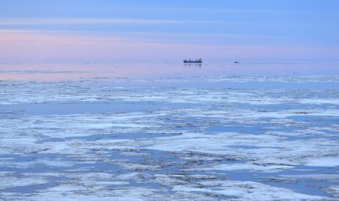 Русия е превозила товари за 1 трилион рубли по Северния морски път