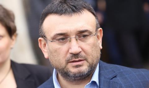 Вътрешният министър защити идеята да се закупят патрулки за 300 бона