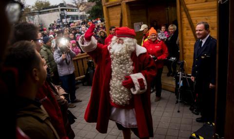 Дядо Коледа потегли от Лапландия