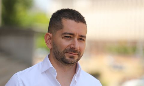 Слави Василев: Кирил Петков и Асен Василев действат самостоятелно, не са с президента - 1