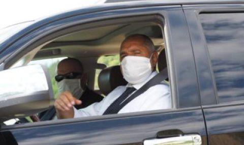 Бимбалов: ЦИК забрани да се използват държавни коли за агитация. Борисов слиза от джипа