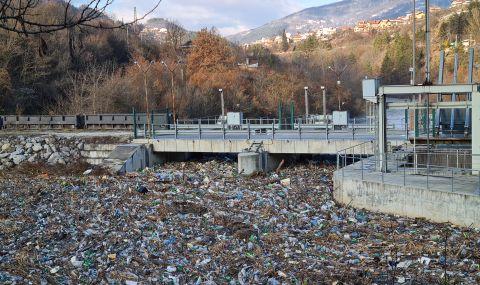 Какво се случва с боклука в България - Данита Заричинова пред ФАКТИ
