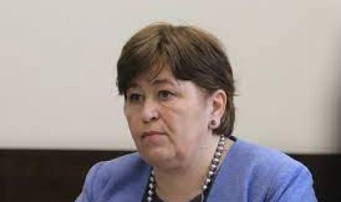 Спирането на финансирането на чартърните полети изненадало Балтова - 1