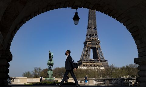 Франция влиза в нов 4-седмичен локдаун
