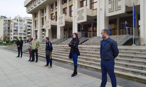 Протест срещу пияни и дрогирани шофьори в Бургас навръх годишнината от смъртта на Милен Цветков