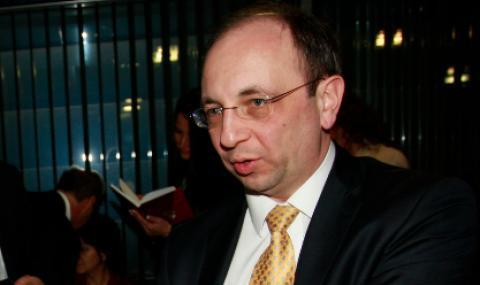 Николай Василев за ББР: По-добре да няма държавни банки