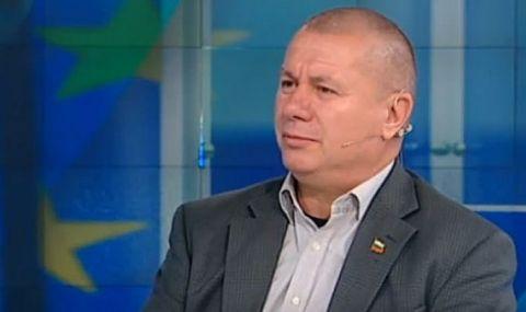 """Ген. Димитър Шивиков пред Фрог: От площад """"Независимост"""" властта изглежда още по-корумпирана, още по-некомпетентна и неспособна"""