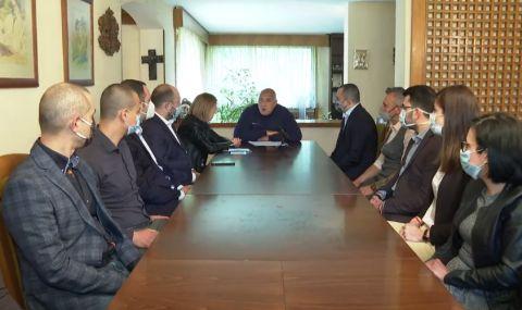 Борисов събра столичните общинари от ГЕРБ, за да се хвали колко е направил (ВИДЕО)