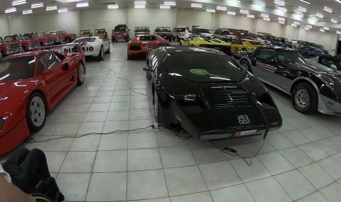 Вижте една от най-големите частни автомобилни колекции в света (ВИДЕО)