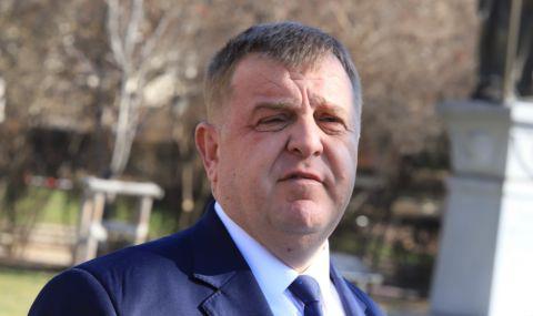 Каракачанов за санкциите на САЩ: Тяхна работа си е...