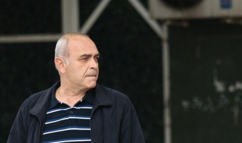 Костадин Паскалев ще поиска оставката на Нинова