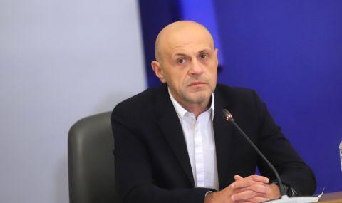 Томислав Дончев за гласуване по пощата: Това би било авантюра