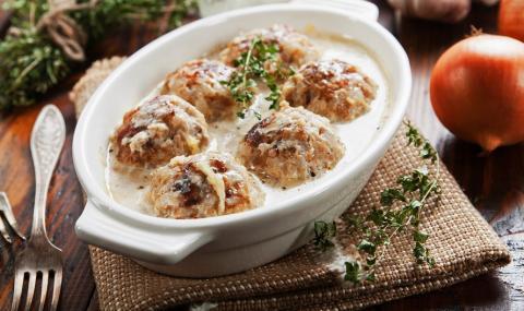 Рецепта на деня: Кюфтета с бял сос