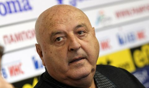 Венци Стефанов обнадежди Божинов за договор със Славия - 1