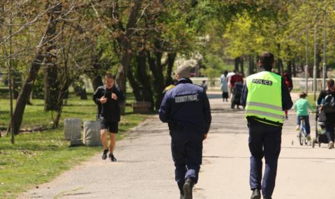 Девет акта за столичани, нарушили предпазните мерки в парковете
