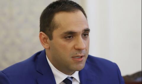 Първи български министър под карантина заради COVID-19 - 2