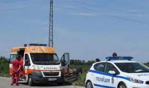 Джип се вряза в стълб край Асеновград, загинаха двама