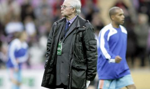 Почина треньорът, извел Франция до европейската титла през 1984