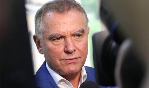 Бобокови и бивш зам.-министър отиват на съд за отпадъците