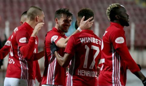 ЦСКА задържа шестима чужденци, другите си тръгват