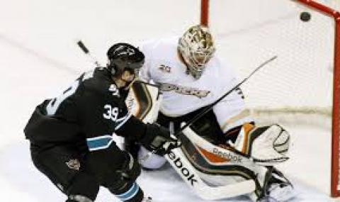 Анахайм се разправи и с Ванкувър в НХЛ - 1
