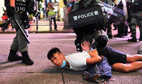 САЩ одобриха санкции срещу китайски банки заради Хонконг