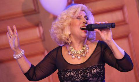 Забраниха на Силвия Кацарова да пее