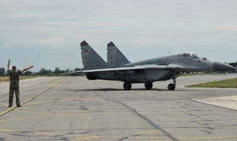В България питат - вярно ли е, че падналият самолет е използван като мишена?