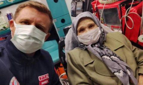 Приеха спешно майката на Наим Сюлейманоглу в турска болница (СНИМКИ)